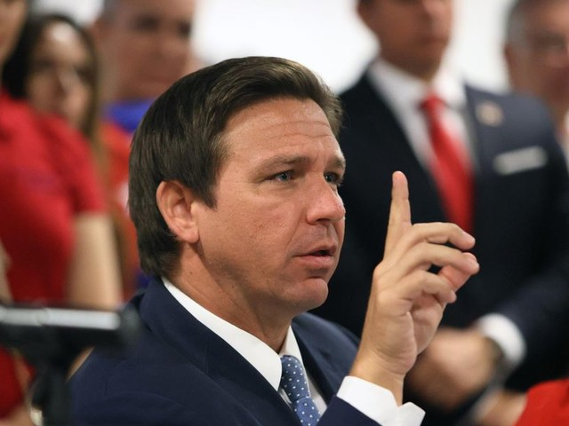 Gov. Ron DeSantis calls for police officers to come to Florida for a far better work experience: 'We'll actually stand by law enforcement'