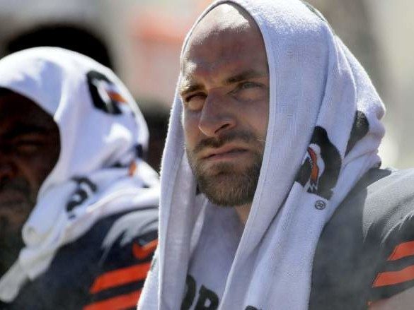 Bears Kyle Long Didn't Travel With Team Against Giants
