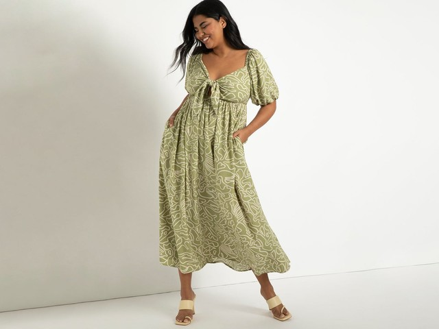 Breeze Through The Warmer Weather In These Swingy Plus-Size Dresses