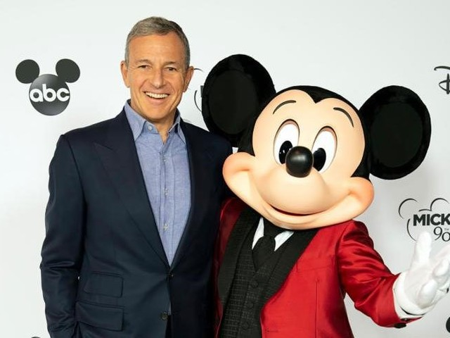 Disney CEO Bob Iger Resigns From Apple Board of Directors