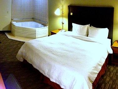 Nov 27, Seattle Jacuzzi Suites - Excellent Romantic Vacations