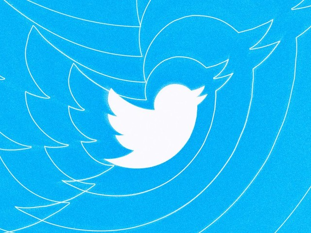 Twitter is testing a pop-up mini profile inside of threads