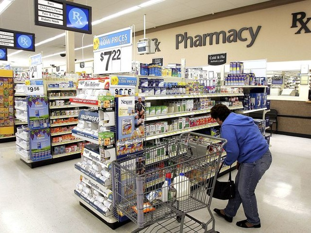 The Cheapest Pharmacy: Walmart vs. Walgreens vs. CVS and More