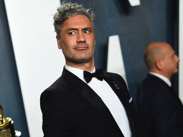 Taika Waititi savaged Apple's much-loathed keyboard at the Oscars