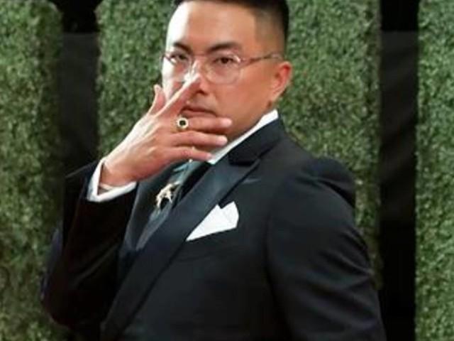 Bowen Yang GLAMBOT: Behind the Scenes at 2021 Emmys