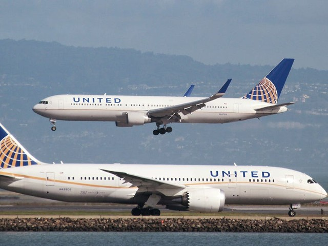 United Explorer Card review: Bonus miles, free checked bags, TSA PreCheck, and more