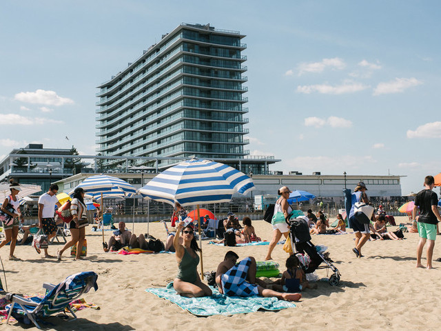Can the Jersey Shore Culture of Springsteen and Snooki Survive?