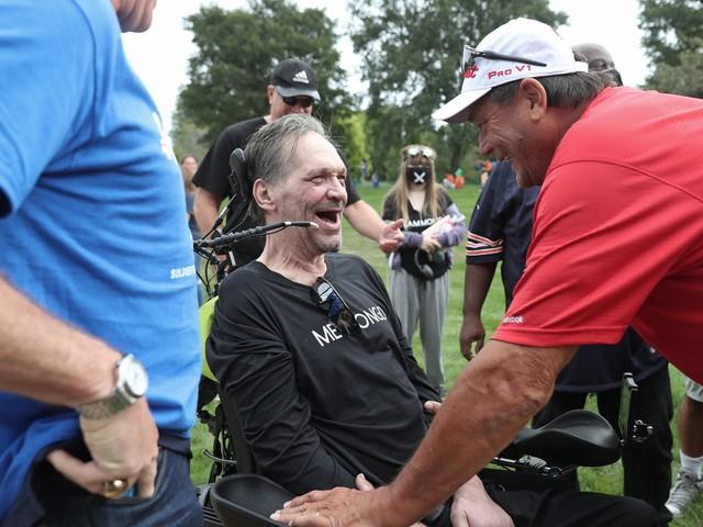 Photos: ALS Walk for Life honors Chicago Bears legend Steve 'Mongo' McMichael