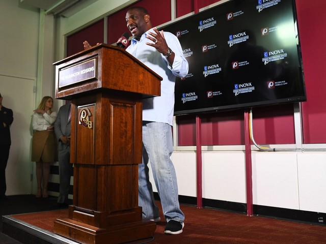 With NFL draft near, Doug Williams says Redskins are unlikely to trade up for a QB