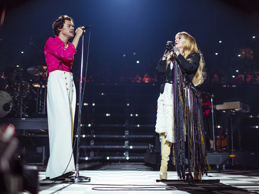 Harry Styles Brings Out Stevie Nicks, Reworks One Direction Classic at the Forum (Watch)