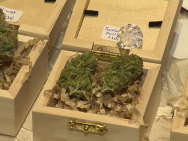 'Budtenders' Are New Trend For Newlyweds Starting Their Marriage On A 'High' Note