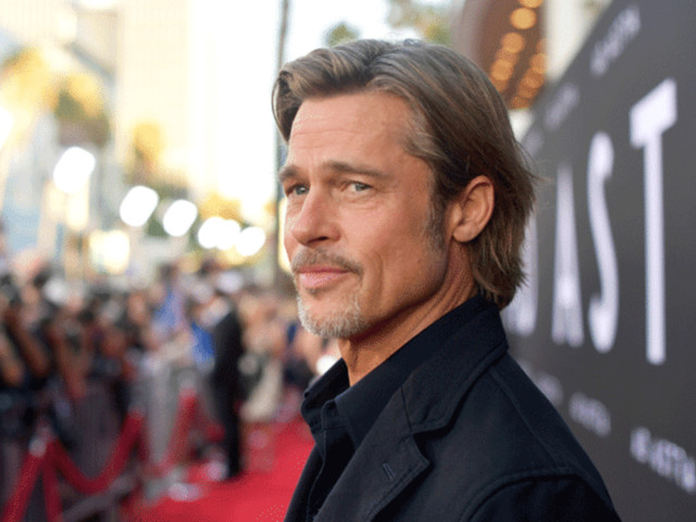 Brad Pitt on Passing Up Role of Neo in 'The Matrix': 'I Took the Red Pill'