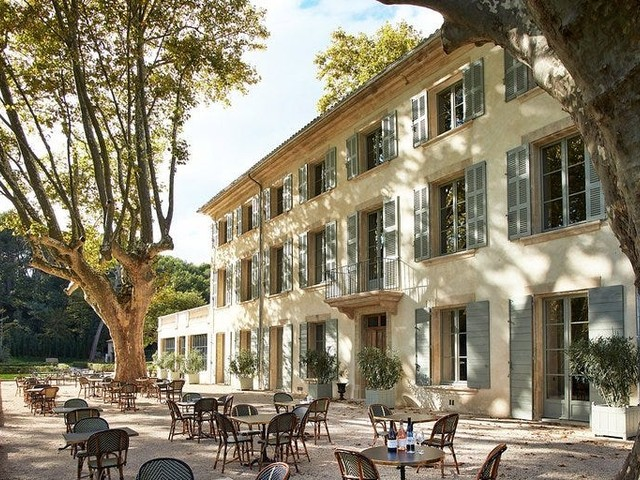 Hotel review: This charming French chateau and winery is stunning, upscale, and under $200 per night in winter