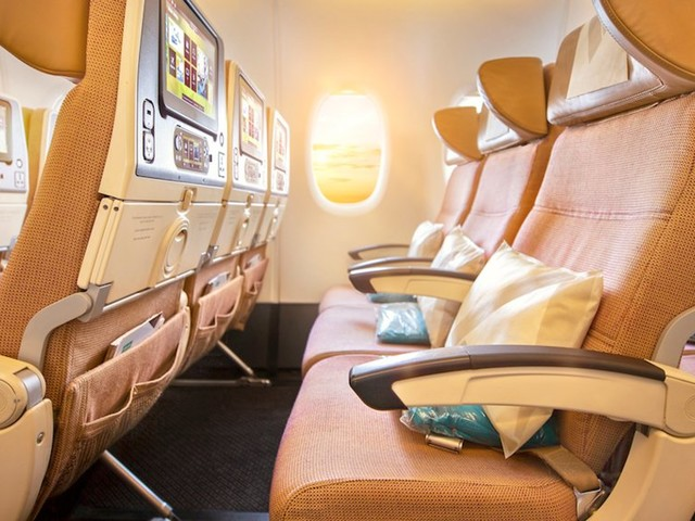 The 20 best economy airlines in the world, according to the youngest man to visit every single country