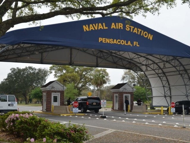 'This has been a devastating week' — 4 people are dead after a shooting at a Florida naval base just 2 days after a fatal shooting at a base in Hawaii
