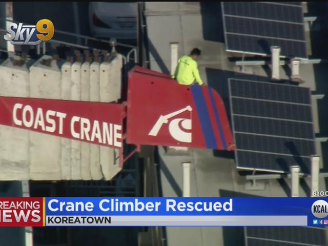 Man Causes Panic In Koreatown After Climbing Atop Construction Crane