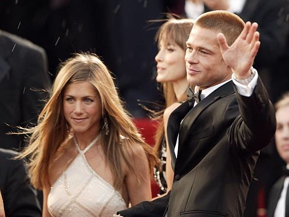Jennifer Aniston, Brad Pitt Got Married At Her 50th Birthday Party?