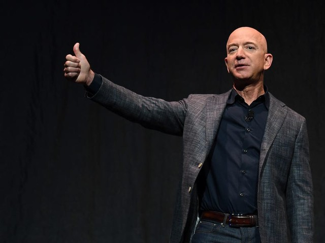 Jeff Bezos reportedly called Michael Bloomberg and asked him if he would run for president earlier this year