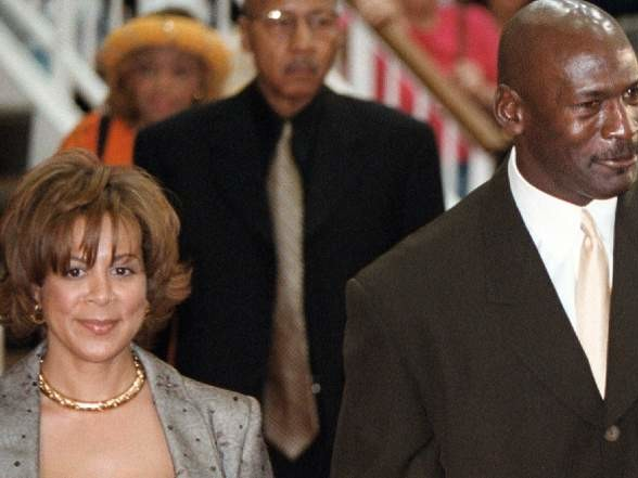 Juanita Vanoy, Michael Jordan's Ex-Wife: 5 Fast Facts You Need to Know
