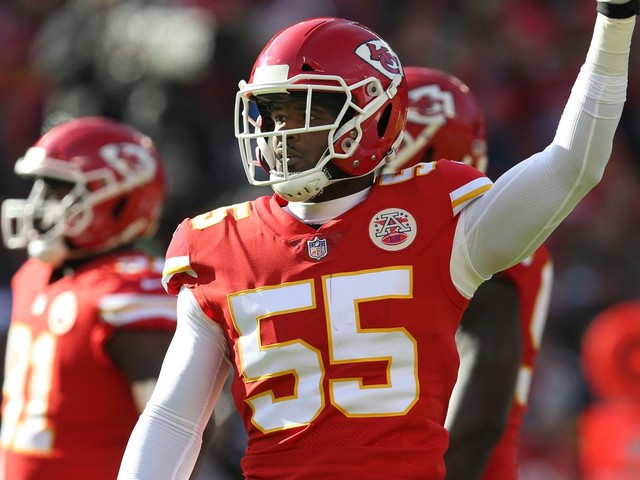 Dee Ford, Chiefs stunned after offsides penalty leads to heartbreak