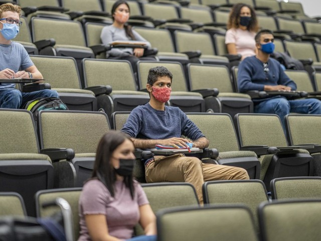 Community college enrollments worry campus leaders