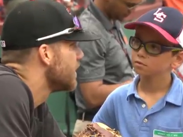Chris Davis met the 9-year-old whose letter told him 'Don't give up.' It was wonderful