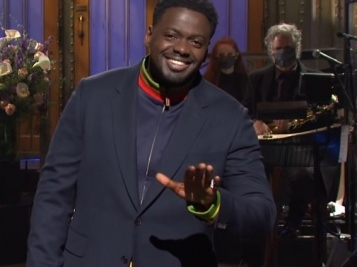 Daniel Kaluuya's 'SNL' Monologue Was Honestly The Best One This Season – Who Knew He Had JOKES?!