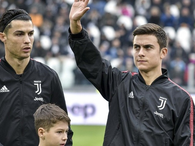Paulo Dybala risks wrath of Juve teammate Ronaldo as he's asked about Messi GOAT debate