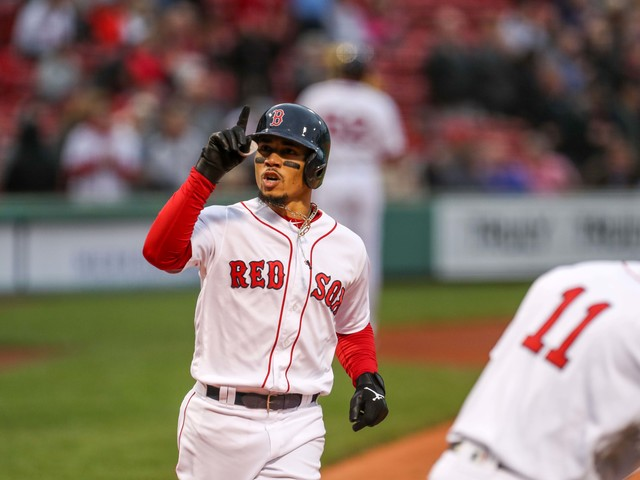 Mookie Betts, David Price heading to Dodgers in blockbuster trade with Red Sox