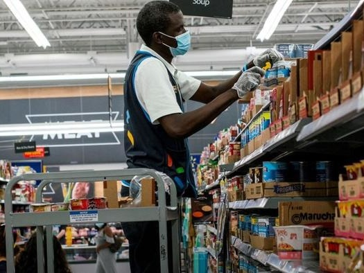 Wal-Mart, Sysco Fine Suppliers As Labor Shortages Cause Surge In Late Orders