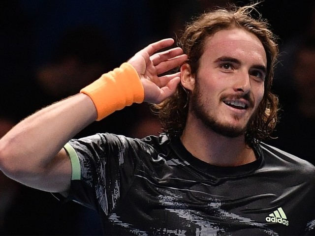 ATP Finals: Greek ace Stefanos Tsitsipas stuns Roger Federer to reach London final (VIDEO)