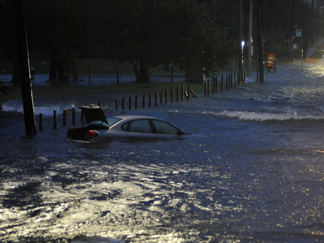 Hurricane Harvey Would Have Put Toronto Under 90 Metres Of Water: Weather Network