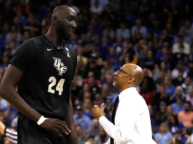Raw emotion of Central Florida's agony of NCAA Tournament defeat captured in video