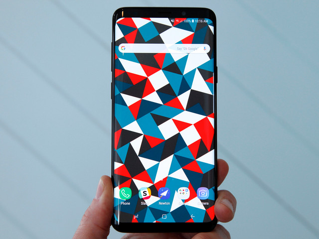 Behold: Galaxy S10 and S10+ shown off in clearest leaked photos yet