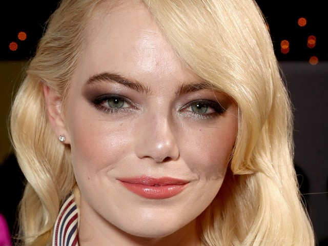 Emma Stone On Battle Of The Sexes & Why You Don't Have To Be Perfect To Be Brave