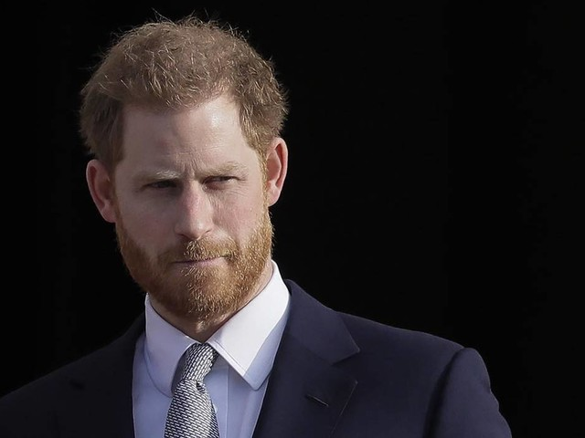 'Powerful media' reason Prince Harry, Meghan leaving royal life