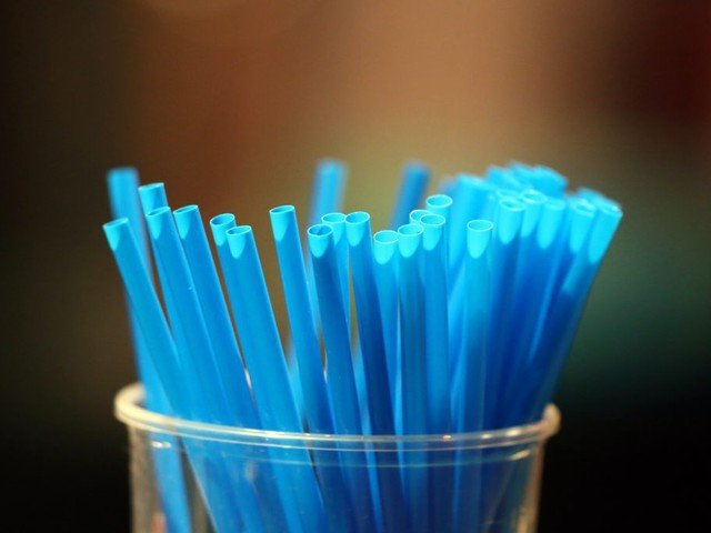 Gov. Brown Signs Law To Limit Plastic Straws In Full-Service Restaurants