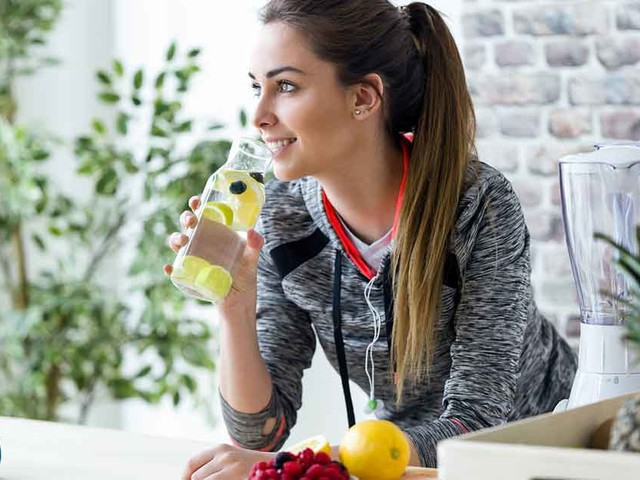 Should You Eat Breakfast Before You Exercise?