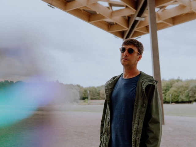 """Premiere: Alter Real Calls On Safe Travel And Heem Ze Loner For Space-Age R&B Jam """"Everytime"""""""