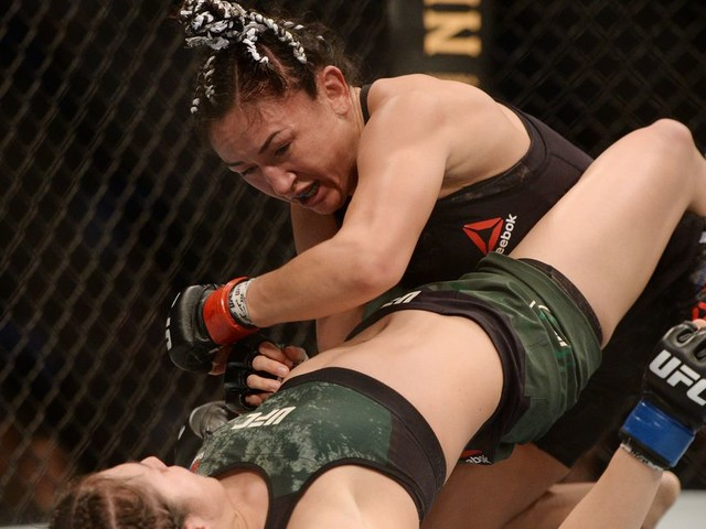 Pros react to Esparza's thrilling win over Grasso at UFC Mexico