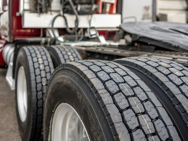 What You Need to Know About DOT Tire Regulations