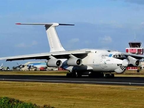 """Footage Captures Arms """"Rat Line"""" On """"Mysterious Planes"""" Fueling Libya War 2.0"""