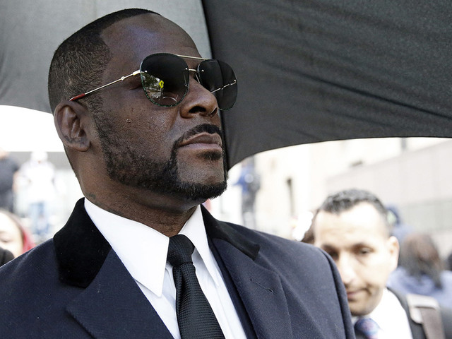 R. Kelly Begging Industry Friends to Donate Money to Help Him Pay for Michael Jackson's Lawyer