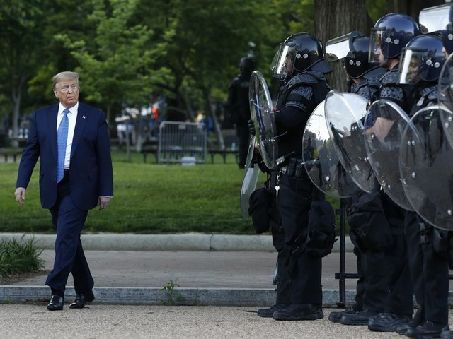 Thin blue line lining up behind Trump: 'This is make-or-break for law enforcement'