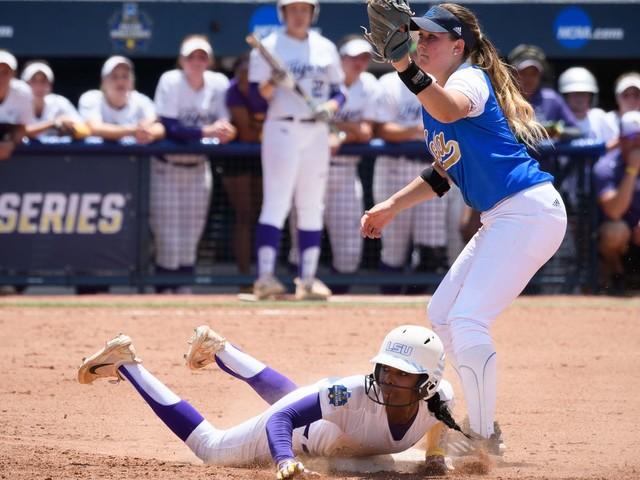 Women's College World Series 2017 scores: Florida seeking 3rd WCWS title