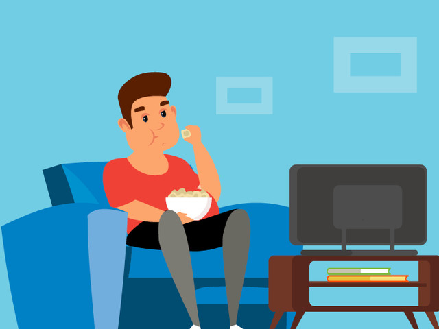 Here's Why We Overeat in Front of the TV (and How to Stop)