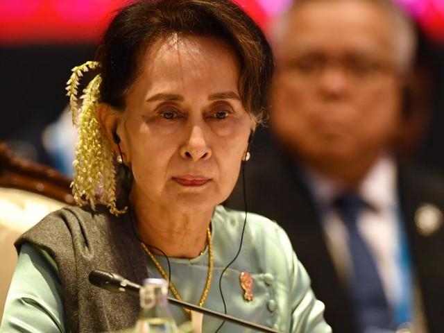 Aung San Suu Kyi to defend her country in court against genocide accusations