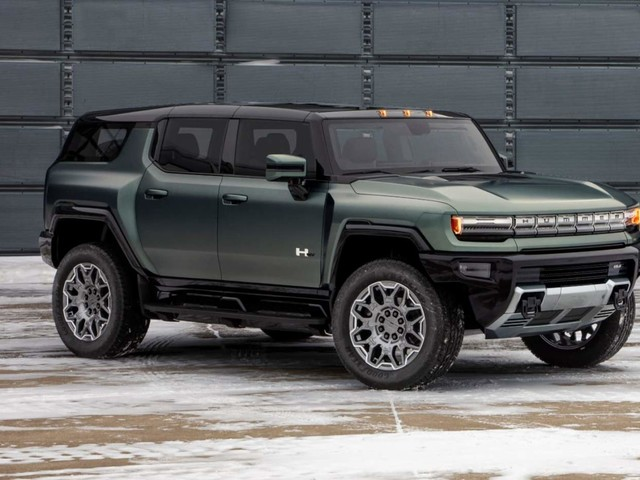 2024 GMC Hummer EV SUV Electric Supertruck aims for shock & awe