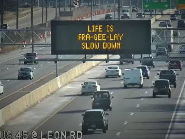 Wisconsin DOT pays tribute to 'A Christmas Story' in funny holiday season road safety sign