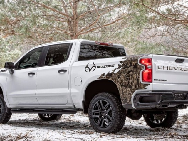 Now There's a Chevy Silverado Realtree Edition